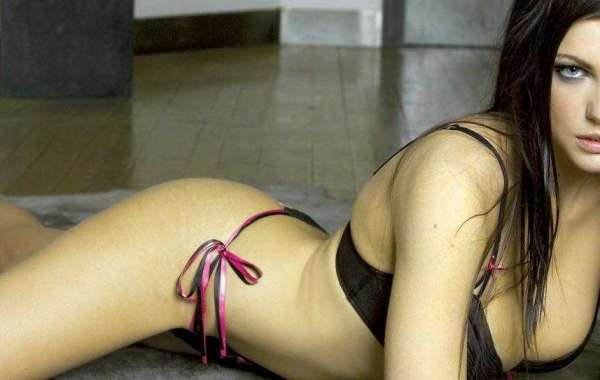 Call Girls IN Greater Kailash near jht Hotel 9971012633