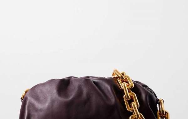 Bottega Veneta Bag effortlessly